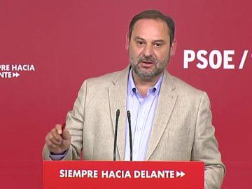 Gobierno y PSOE insisten: que PP y Cs se abstengan para que el gobierno no dependa de los independentistas