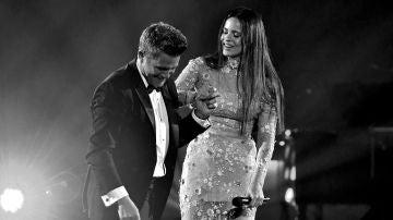 Alejandro Sanz y Rosalía en los Latin Grammy 2017