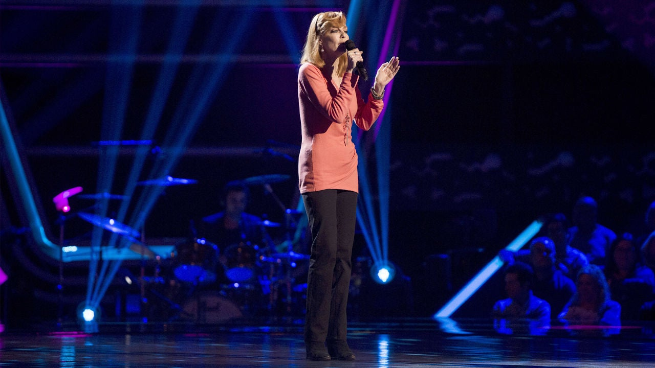 Audiciones A Ciegas: Andrea Bronston Canta 'Runaway' En
