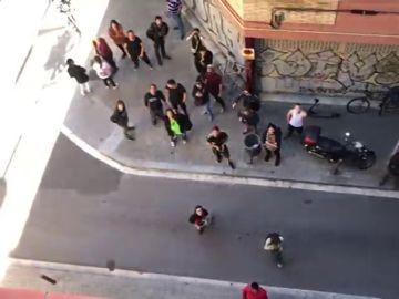 Incidentes con los antidisturbios en un edificio con okupas en Barcelona