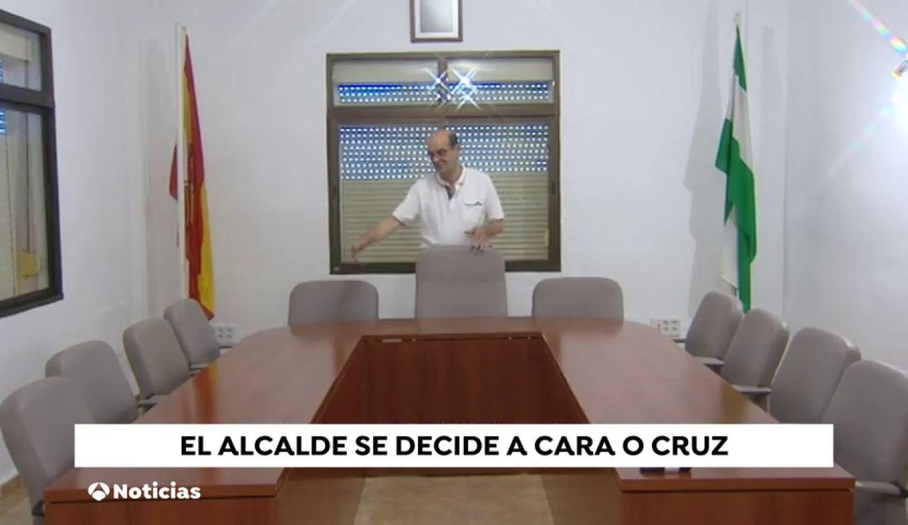 Alcalde a cara o cruz en Tolox