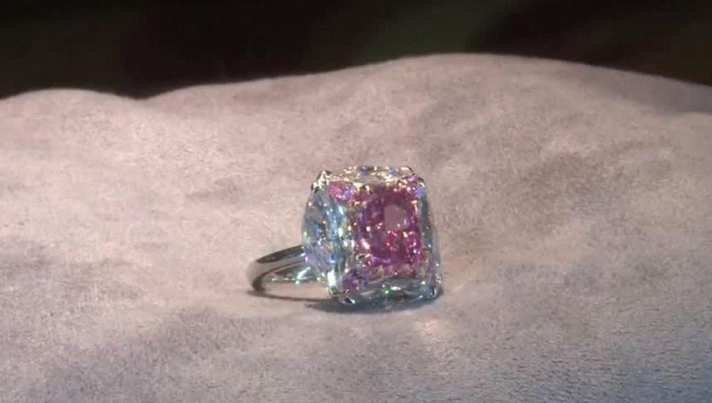 Diamante subastado en Hong Kong
