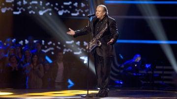 Juan Mena canta 'Cómo fue' en las Audiciones a ciegas de 'La Voz Senior'