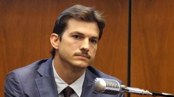 Ashton Kutcher, en el juicio por el asesinato de su exnovia hace 18 años
