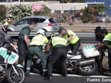 Un guardia civil muere arrollado por un un vehículo de matrícula francesa en Cádiz que se ha dado a la fuga