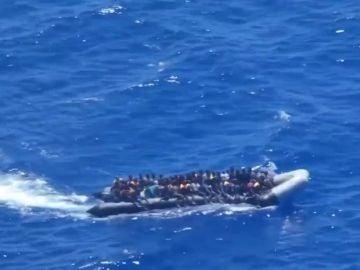 Rescate de inmigrantes libios en el Mediterráneo