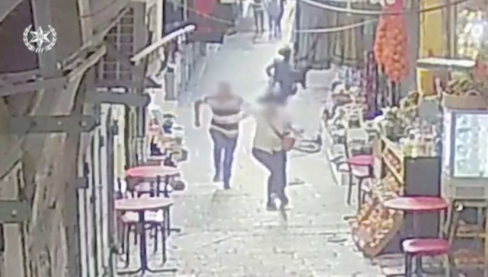 Un palestino apuñala a dos personas en Jerusalén