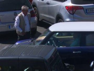El ayuntamiento de Santa Cruz ilegaliza los aparcacoches