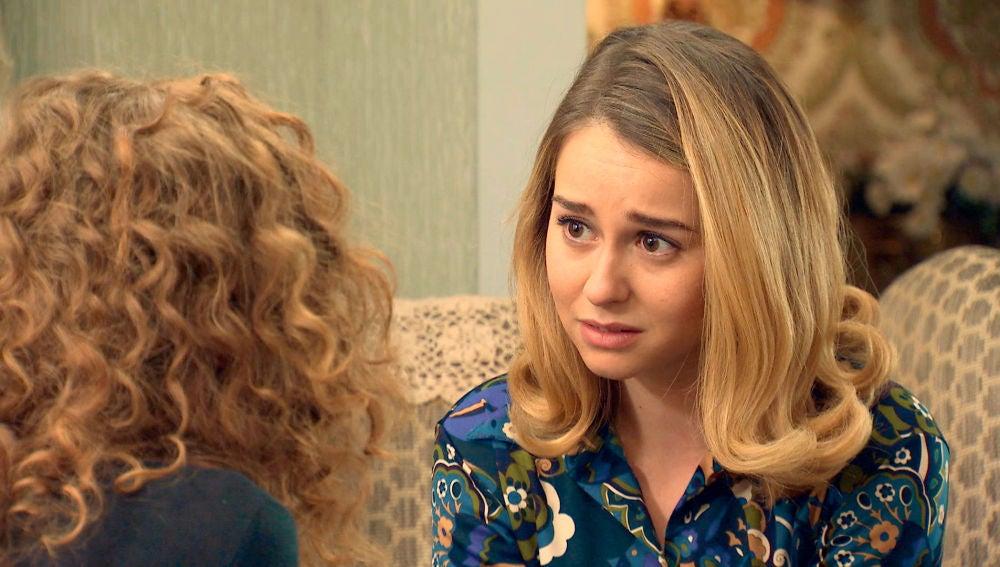 Luisita, desesperada, pide ayuda a Ana para salvar a Amelia