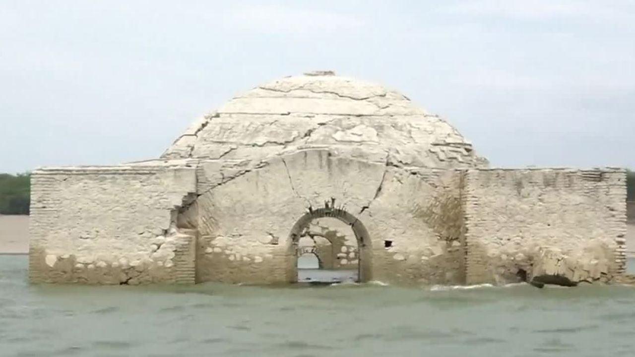 La Sequía Deja Al Descubierto Una Iglesia Del Siglo XVI En