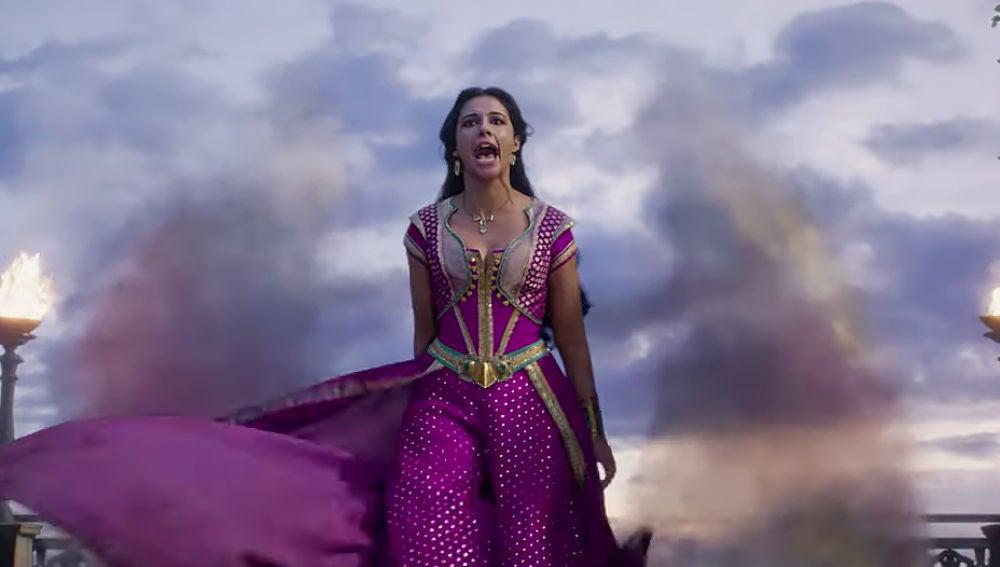 Naomi Scott como Jasmine en 'Aladdin'