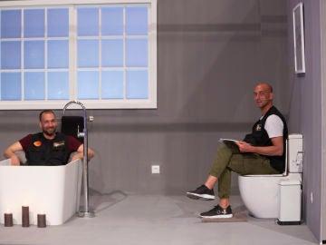 La vena cómica de los gemelos y la felicidad de Las Nastis con su baño, en el making of del quinto programa de 'Masters de la reforma'