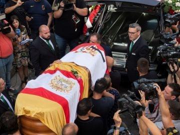 Deportes Antena 3 (03-06-19) Una multitud de personas despide a José Antonio Reyes en un emotivo funeral en Utrera