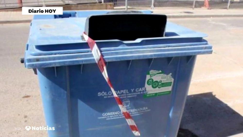 Encuentran contenedores llenos de documentación oficial del Ayuntamiento de Villafranca de los Barros, en Badajoz