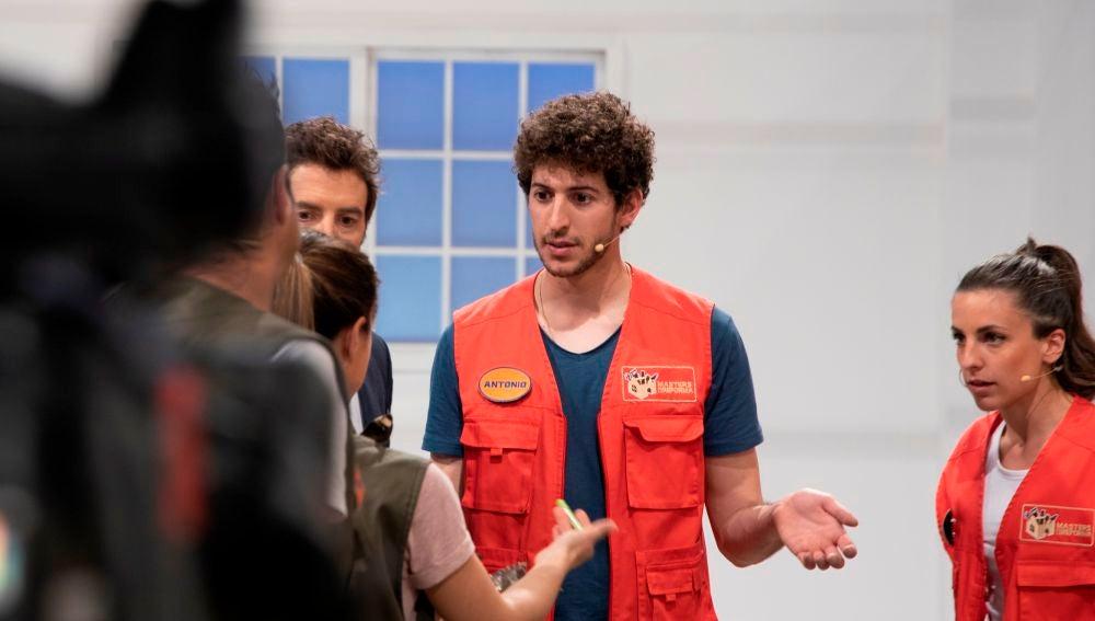 ¿Robo o descuido? Unos espejos generan la discordia de Paco y Jessica con Antonio y Elisa