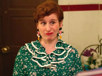 """Dolores trata de no fijarse en Gotzone: """"A la enemiga, ni babas ni agua"""""""