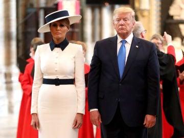 Mensajes ocultos en los vestidos de Melania Trump