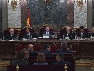 Imagen tomada de la señal institucional del Tribunal Supremo durante la cuadragésima sexta sesión del juicio