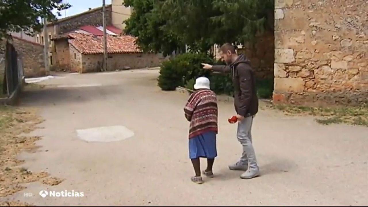 Una Localidad De Burgos Busca Una Pareja Con Hijos Y 300