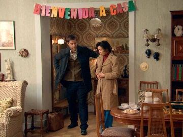 Amelia regresa pero no quiere ver a Luisita