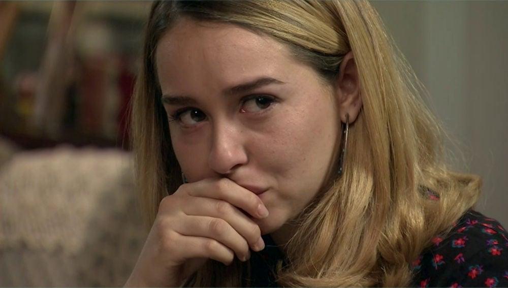 Luisita descubre el diario secreto de Amelia