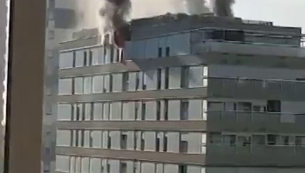 Un hombre grave tras un incendio en Terrasa, Barcelona