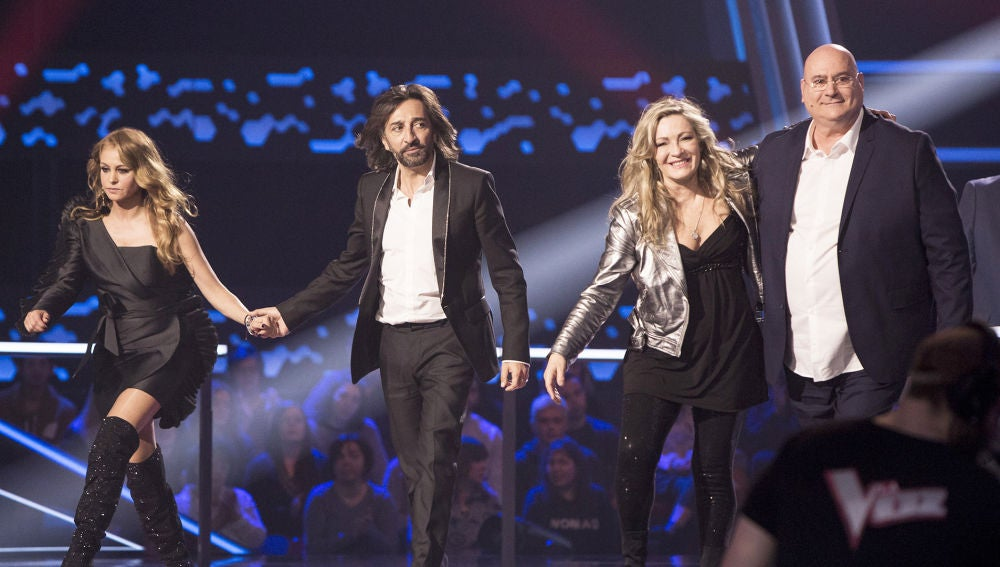 Adriana Ceballos y Xavi Garriga pasan a la Semifinal de 'La Voz Senior' en el equipo de Paulina Rubio