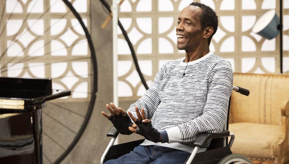 Charles Rolle disfruta de su oportunidad en 'La Voz Senior'