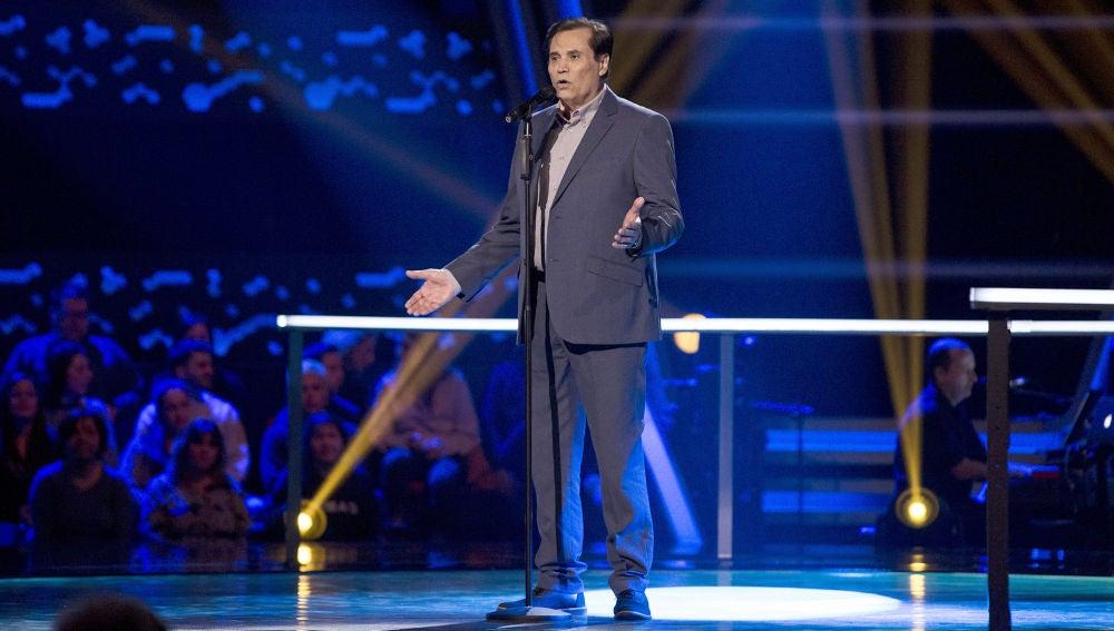 Ricardo Rubén Araya canta 'América' en los Asaltos de 'La Voz Senior'