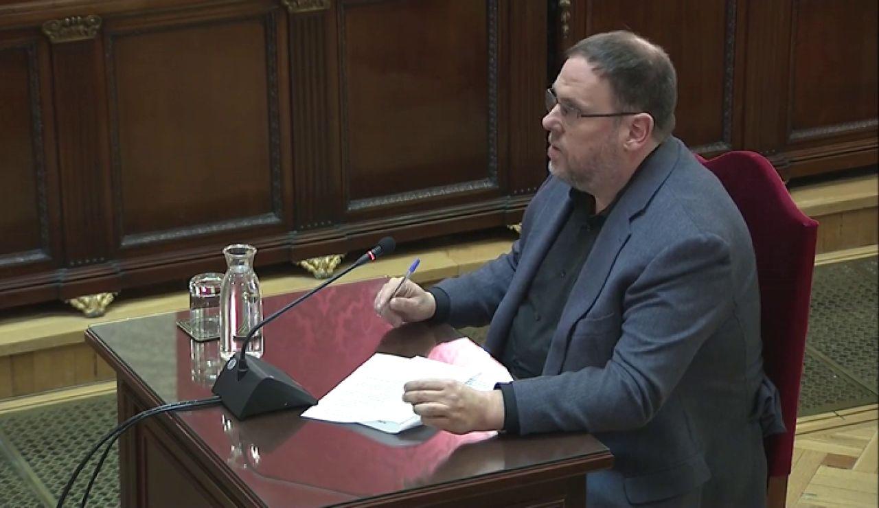 Junqueras pide devolver el 'procés' a la política