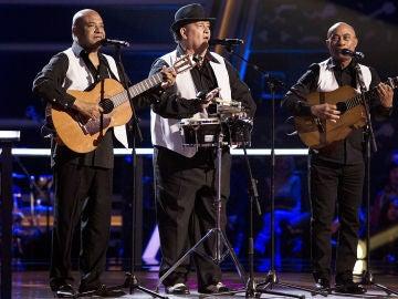 Los D'Orlando cantan 'La Negra Tomasa' en los Asaltos de 'La Voz Senior'