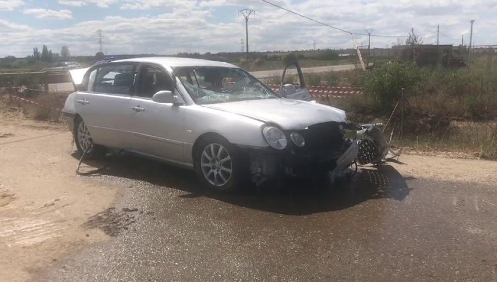 Muere un matrimonio tras caer su coche a un canal en el río Esla en León