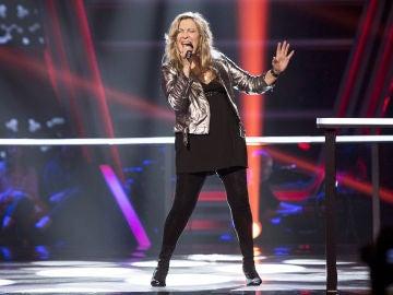 Adriana Ceballos canta 'What's up' en los Asaltos de 'La Voz Senior'