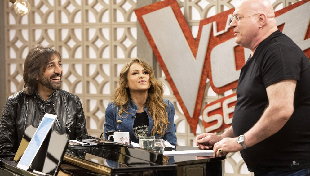 Xavi Garriga emociona a Paulina Rubio durante los ensayos