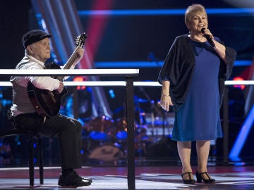 Loli Moreno canta 'Échame a mí la culpa' en los Asaltos de 'La Voz Senior'