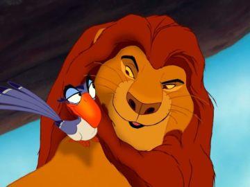 Zazú y Mufasa en 'El Rey León'
