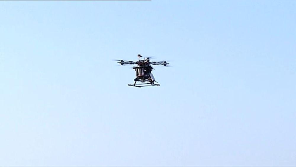Hasta 2.400 euros de multa por conducir un dron en estado de embriaguez en Japón