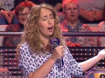 Cantar en la ducha, la increíble habilidad de Nina en '¡Ahora caigo!