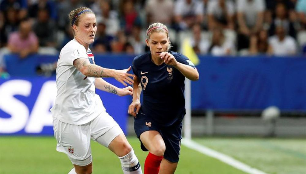 Partido de Francia contra Noruega en el Mundial de fútbol