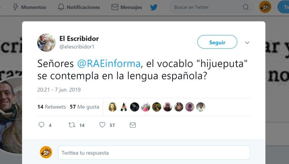 Pregunta a la RAE en Twitter
