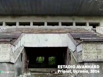 El estadio que nunca llegó a ver la luz por la catástrofe de Chernóbil: así es el campo fanstasma de Prípiat