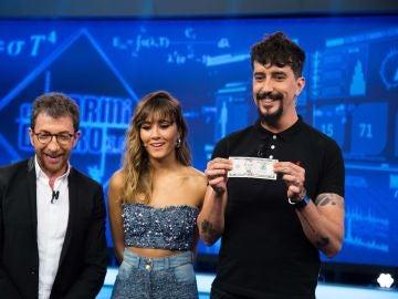 ¿Cómo hacer sonreír a la gente que sale en los billetes? Marron deja a Aitana con la boca abierta en 'El Hormiguero 3.0'