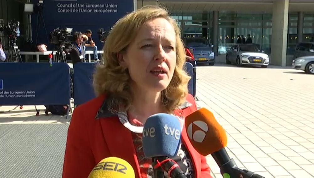 """Calviño ve """"positivo"""" que el pacto para el presupuesto de la eurozona deje """"abiertas"""" todas las posibilidades"""