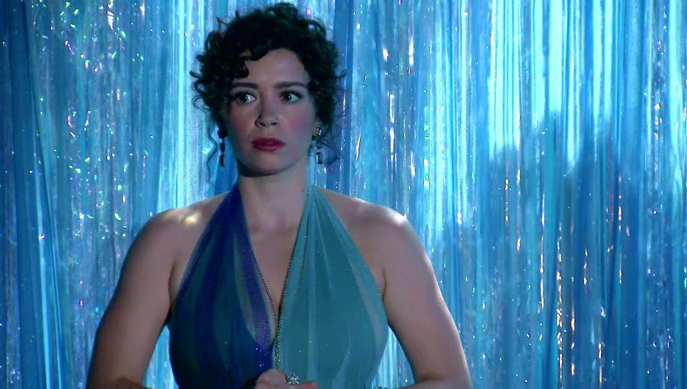 La inesperada reacción de Amelia al subirse al escenario