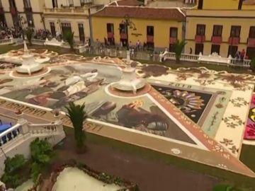 Las alfombras de La Orotava cumplen un siglo de historia