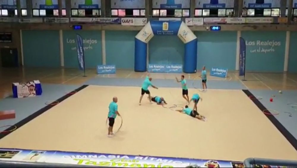 """""""La grada se puso en pie"""" dice uno de los padres gimnastas de Tenerife"""