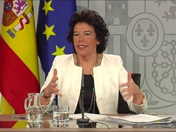 """Gobierno: """"Sería frívolo dejar la investidura para septiembre"""""""