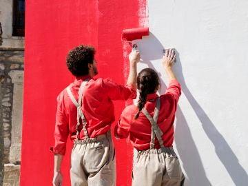La técnica de cubrir gotelé: las claves del jurado de 'Masters de la reforma' para conseguir que la pared quede lisa