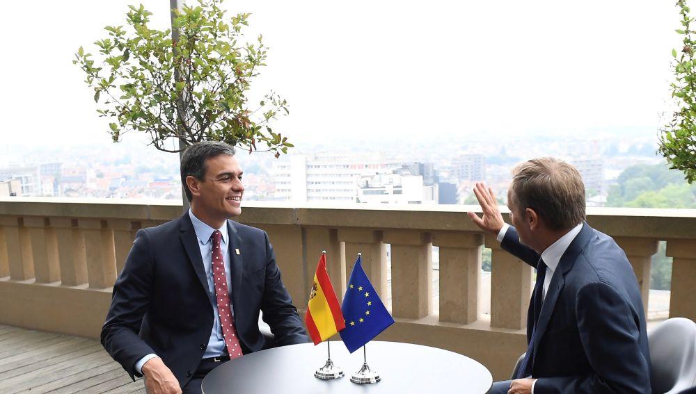 Reunión entre el presidente del Gobierno español en funciones, Pedro Sánchez, y el presidente del Consejo Europeo, Donald Tusk