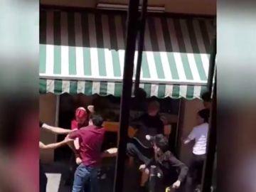 Pelea a machetazos entre un grupo de okupas en Hospitalet de Llobregat